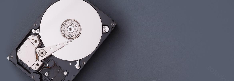 Жесткие диски и всё для работы по восстановлению данных